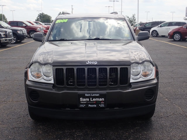 Pre Owned 2006 Jeep Grand Cherokee Laredo