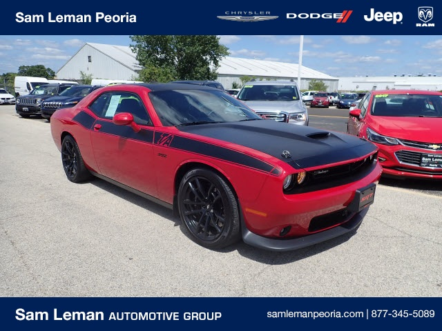 Sam Leman Peoria Il >> Pre Owned 2017 Dodge Challenger T A 392 Rwd 2d Coupe